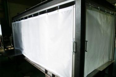 工場内ブースシートカーテン