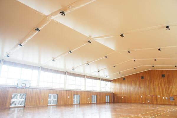 体育館膜天井