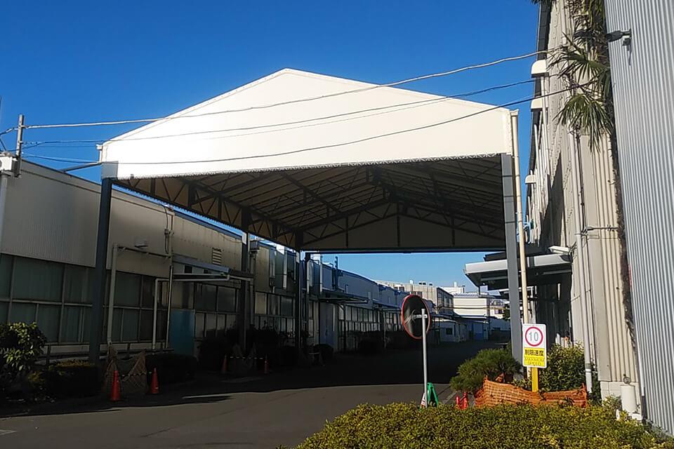 上屋テント