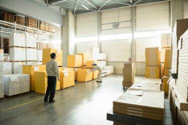 テント倉庫は営業倉庫として利用できる?必要な登録・申請について解説